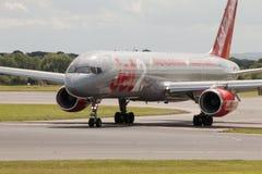 Jet2 Boeing 757 Fotografering för Bildbyråer