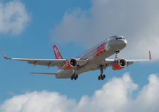 Jet 2 Boeing 757. Landing at Newcastle royalty free stock photos