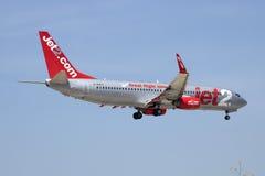 Jet2 com 737 på korta finaler Royaltyfri Foto