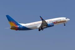 Jet2 com 737 tar av Arkivfoto