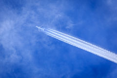 Jet contrail Royalty Free Stock Photos