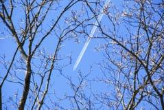 Jet Contrails Fotografia Stock Libera da Diritti