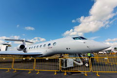 Jet corporativo de Gulfstream G650ER del ejecutivo de Qatar Airways en la exhibición en Singapur Airshow Fotografía de archivo