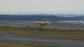 JET de Dornier 328-310 de las aero--Dienst tierras de la ambulancia de ADAC metrajes