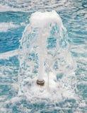 Jet de fontaine d'eau Photos stock