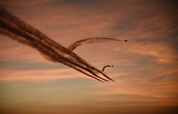 Jet Planes At Dusk imagem de stock royalty free