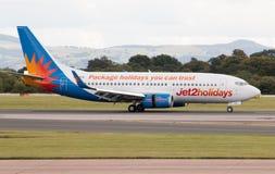 Jet2 semestrar Boeing 737 Royaltyfria Foton