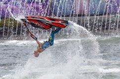 Jet Stunt Extreme Show i havsvärlden Gold Coast Queensland Austra Arkivbild