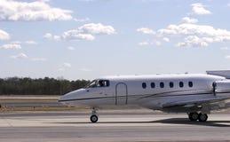 Jet Under Clouds images libres de droits