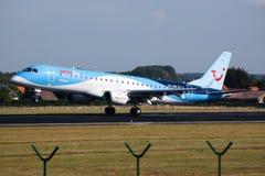 Jetair flygplanlandning arkivbild