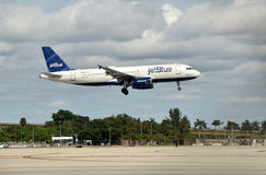 Jetblue Airbus A-320 Royalty Free Stock Photos