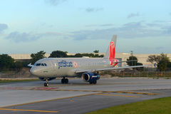 JetBlue Airways Airbus 320 au pi Aéroport de Lauderdale Photo stock