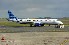 Jetblue Airways Embraer 190 at Boston Airport Stock Photos
