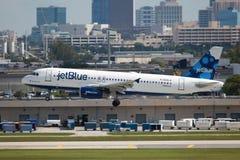 JetBlue flygbuss A320 Royaltyfria Bilder