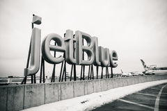 JetBlue tecken arkivfoto