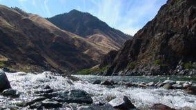 Jetboats en el barranco el río Snake Idaho de los infiernos almacen de metraje de vídeo