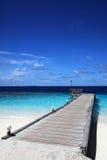 Jetée d'île maldivienne Photographie stock libre de droits
