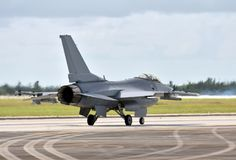 Jetfighter που αναχωρεί σε μια αποστολή στοκ φωτογραφία με δικαίωμα ελεύθερης χρήσης