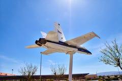 JetHawks, Lancaster, Californië, de V.S. - 5 April, 2017: JetHawks, Lancaster, Californië, de V.S. De vliegtuigen van NASA F18 op Royalty-vrije Stock Foto