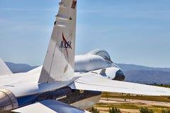 JetHawks, Lancaster, Californië, de V.S. - 5 April, 2017: JetHawks, Lancaster, Californië, de V.S. De vliegtuigen van NASA F18 op Stock Afbeelding