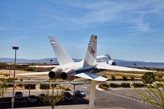 JetHawks, Lancaster, Californië, de V.S. - 5 April, 2017: JetHawks, Lancaster, Californië, de V.S. De vliegtuigen van NASA F18 op Royalty-vrije Stock Foto's
