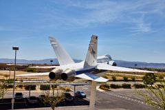 JetHawks, Lancaster, California, U.S.A. - 5 aprile 2017: JetHawks, Lancaster, California, U.S.A. Gli aerei della NASA F18 sul Fotografie Stock Libere da Diritti