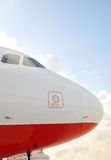jetliner μετακιμένος με ταξί στοκ φωτογραφία με δικαίωμα ελεύθερης χρήσης