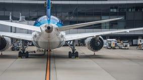 Jetliner που αντιμετωπίζεται από το οπίσθιο τμήμα στοκ φωτογραφίες με δικαίωμα ελεύθερης χρήσης