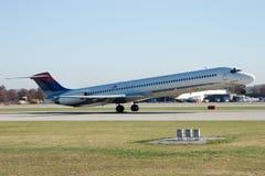 Jetliner op start 4 Stock Afbeeldingen
