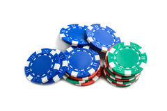Jetons de poker de casino d'isolement Images stock