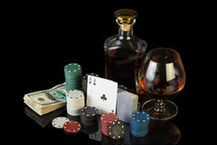 Jetons de poker et billets d'un dollar Images stock