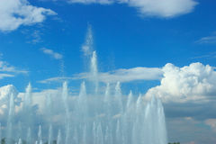 The jets of the fountain Royalty Free Stock Photography