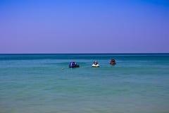 Jetski на обоях пляжа Стоковая Фотография