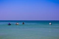 Jetski на обоях пляжа Стоковая Фотография RF