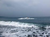 Jetski p? havet Hastighet och adrenalin arkivfoto