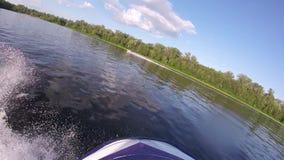 JetSkyritter på vågorna lager videofilmer