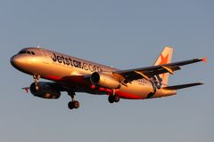Jetstar Airways Airbus A320-232 airliner VH-VFH on approach to land at Adelaide Airport stock image