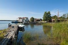 Jettys och fartyg Arholma Sverige Arkivbilder