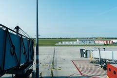 Jetway в авиапорте Стоковые Изображения