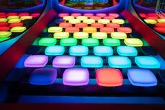 Jeu électronique coloré avec des blocs photos stock