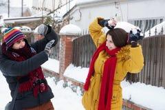Jeu avec la neige Photo libre de droits