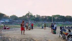 Jeu birman national de sport, Mandalay, Myanmar clips vidéos
