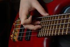 Jeu d'une guitare rouge Images stock