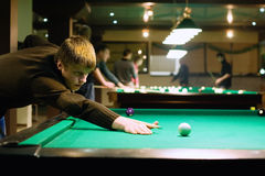 Jeu de billard Photographie stock