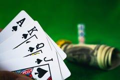 Jeu de carte de jeu dans le casino Photographie stock libre de droits