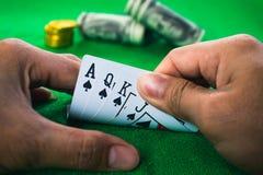Jeu de carte de jeu dans le casino Images libres de droits