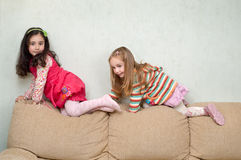 Jeu de deux petites filles Photo stock