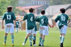 Jeu de football de Kaposvar - de Kozarmisleny U15 Photographie stock