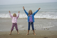 Jeu de jeunes filles photo libre de droits
