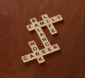 Jeu de mots croisé avec la vie, le travail et l'équilibre de mots Équilibre de la vie Image stock